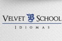 Velvet School idiomas