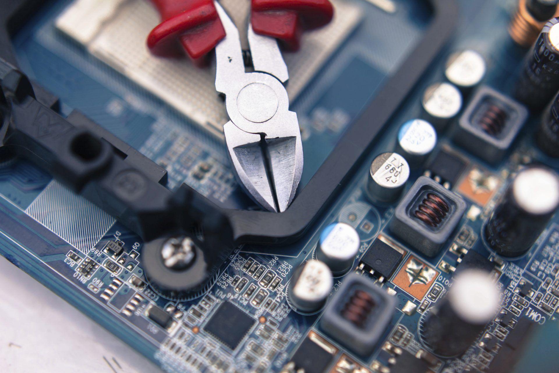 ¿Qué estudiar para ser ingeniero informático?