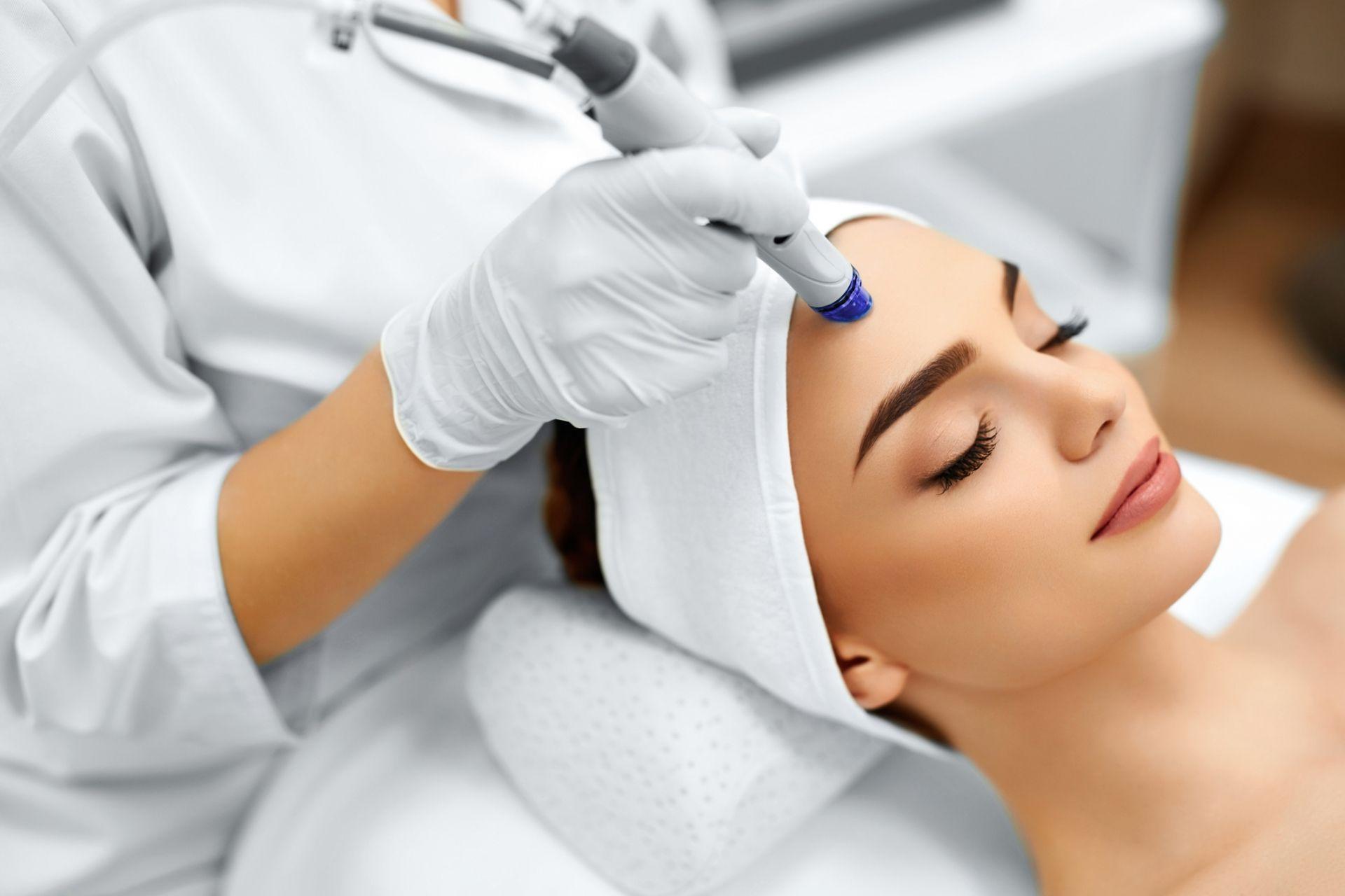 Tratamientos faciales y corporales para hacer frente a la vejez y mejorar nuestra salud