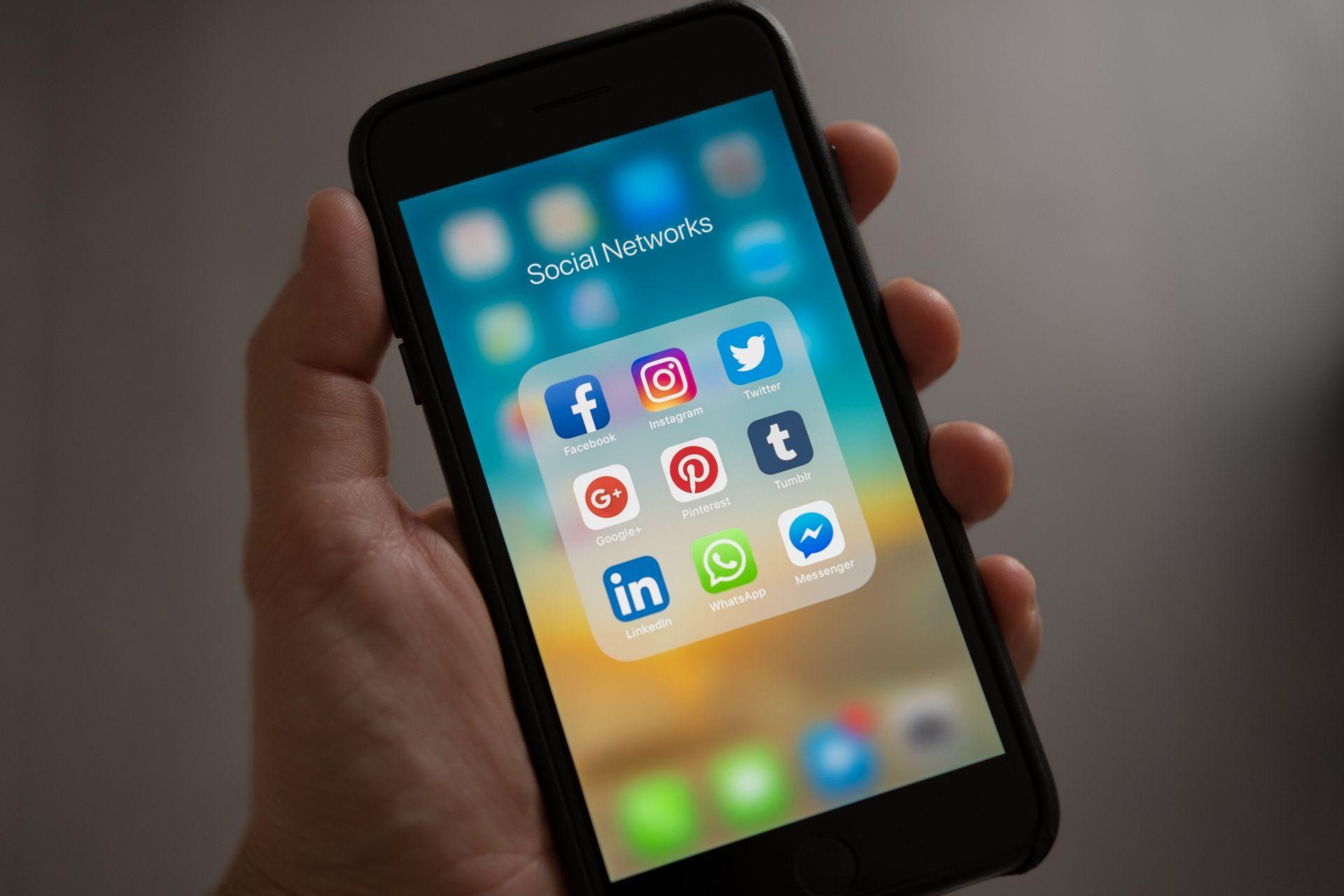 Reputación online y gestión de redes sociales en el sector turístico