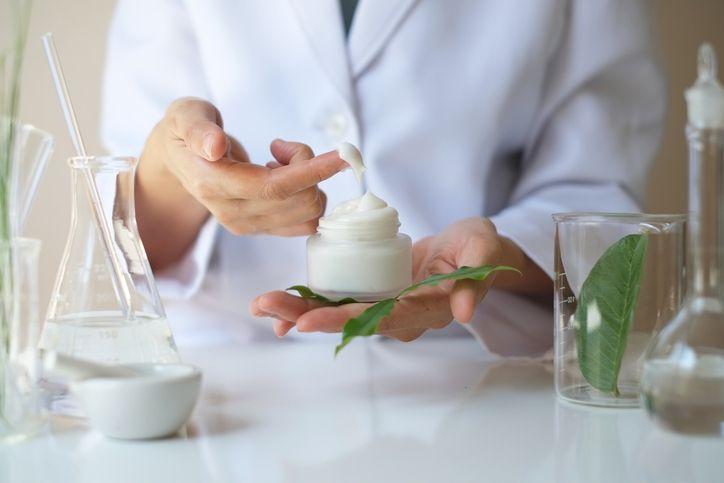 Productos dermocosméticos: provechoso para la salud y la hermosura de la piel