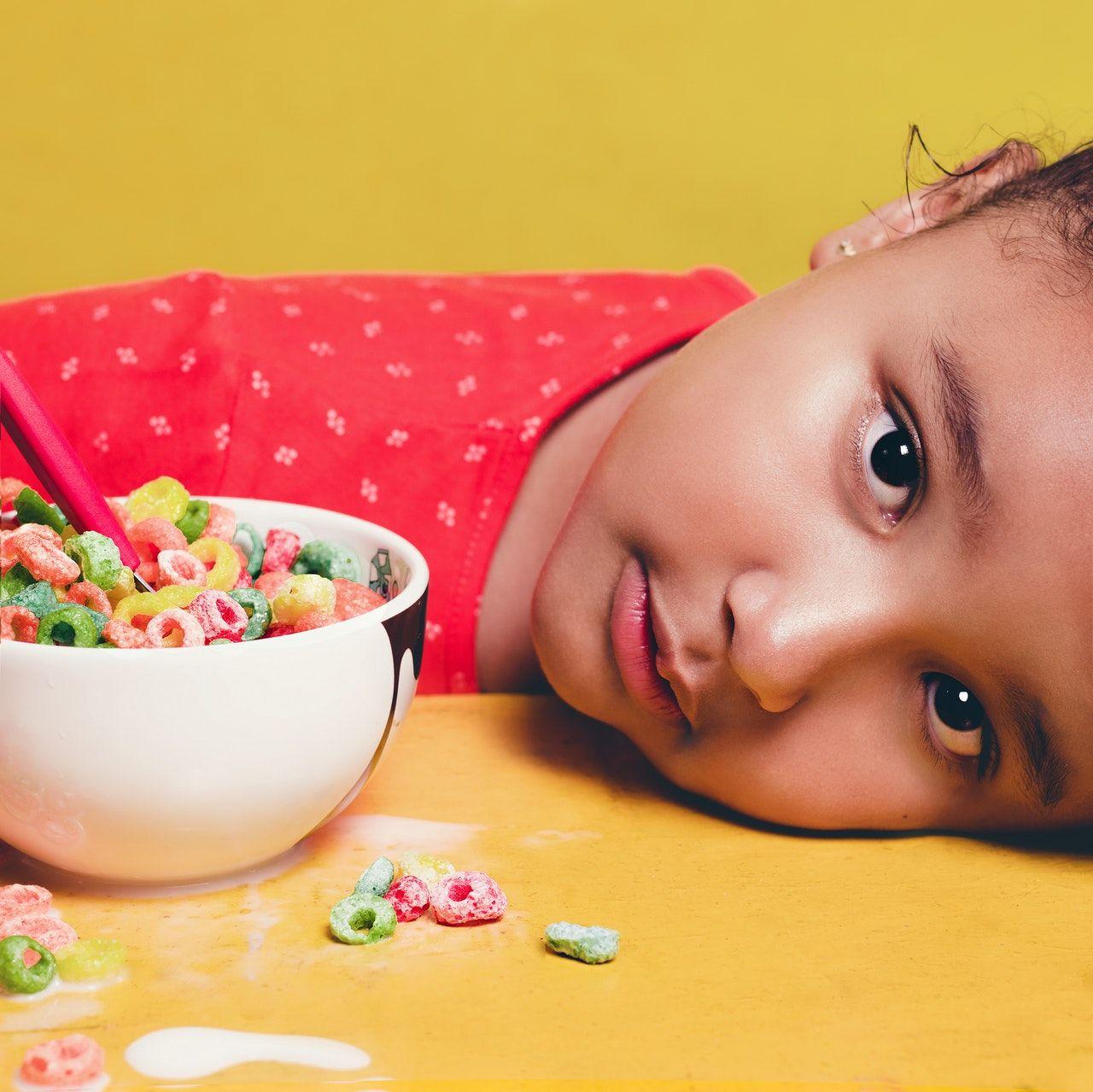 Qué necesito saber sobre la intolerancia alimentaria si trabajo en un comedor escolar