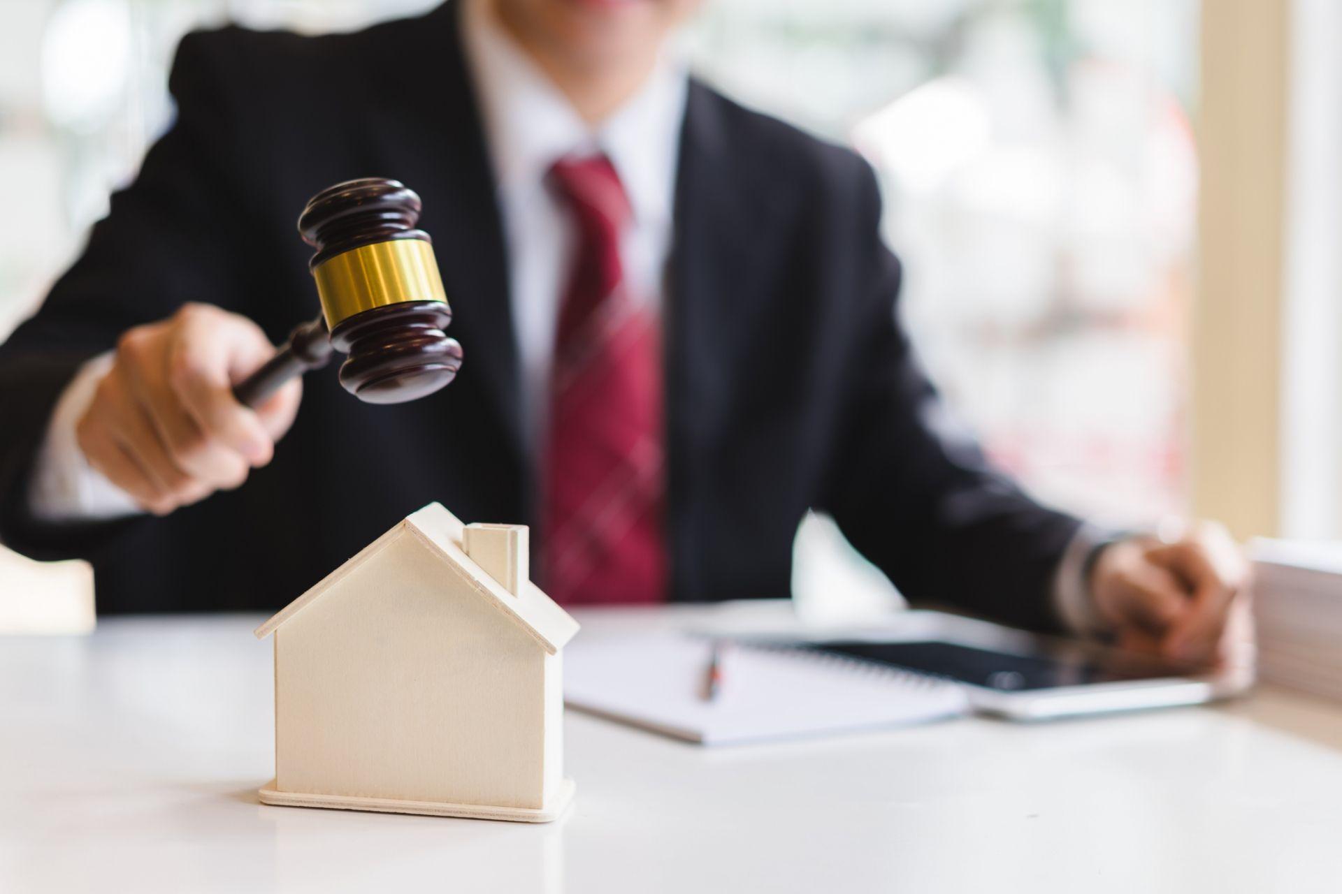 ¿En qué puede asistir un abogado inmobiliario?