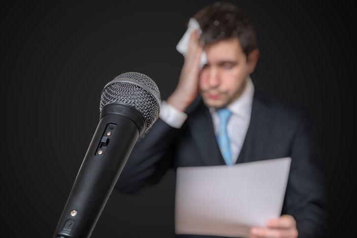 ¿Quieres perder el miedo de hablar en público? Te damos las claves