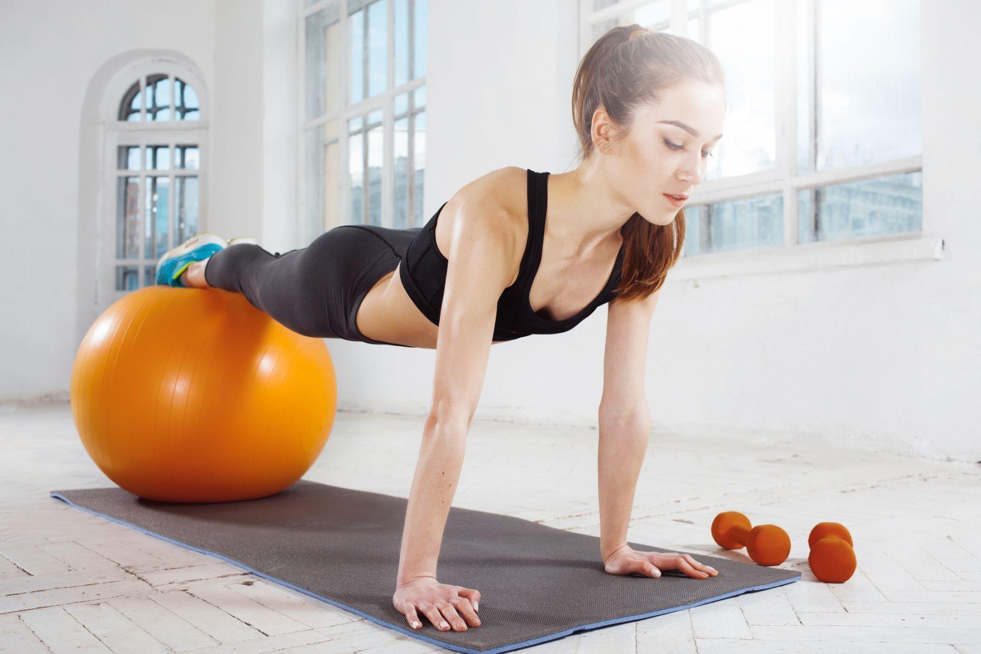Cómo hacer pilates en casa: ejercicios para principiantes