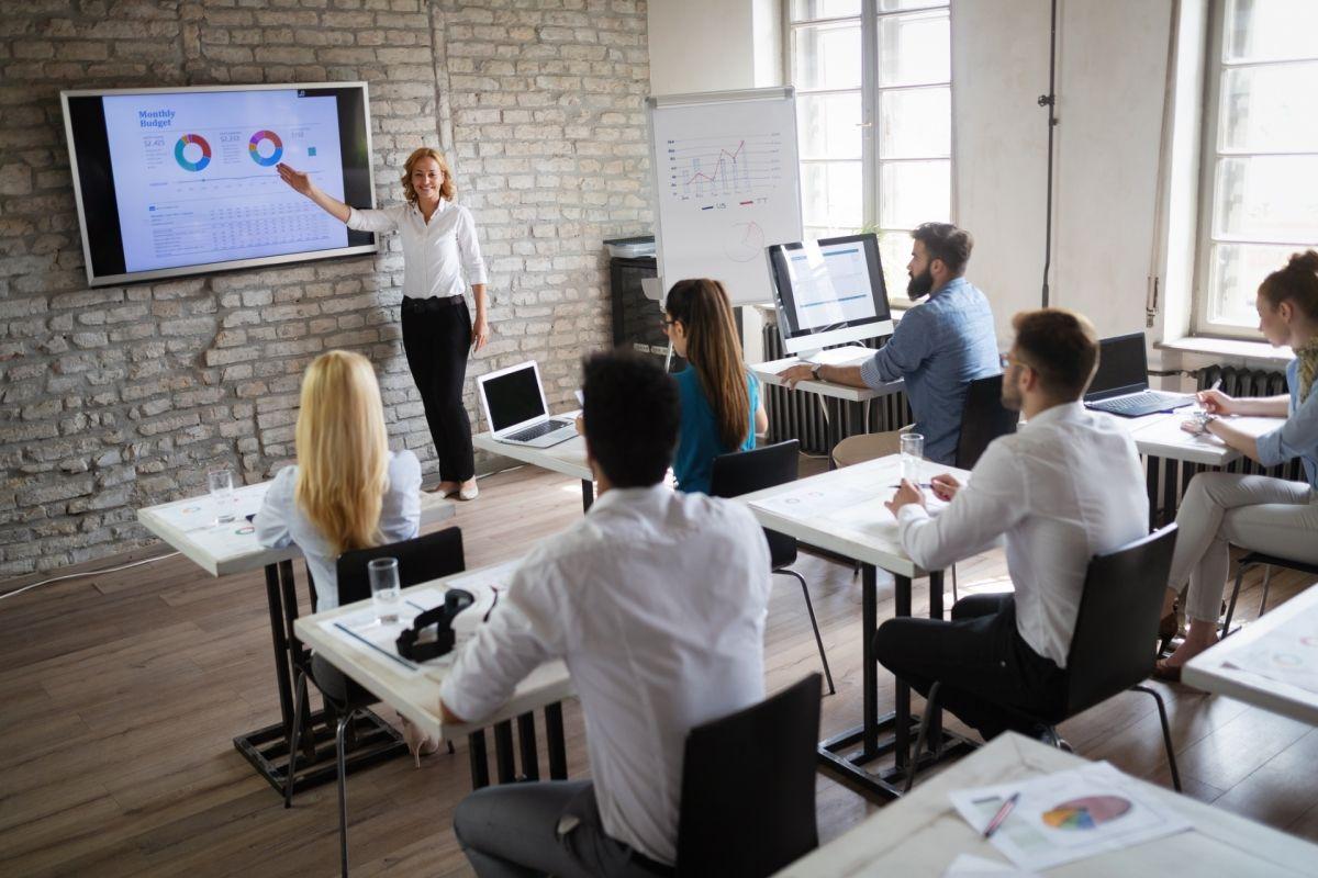 El acceso a la formación y el empleo con perspectiva de crecimiento
