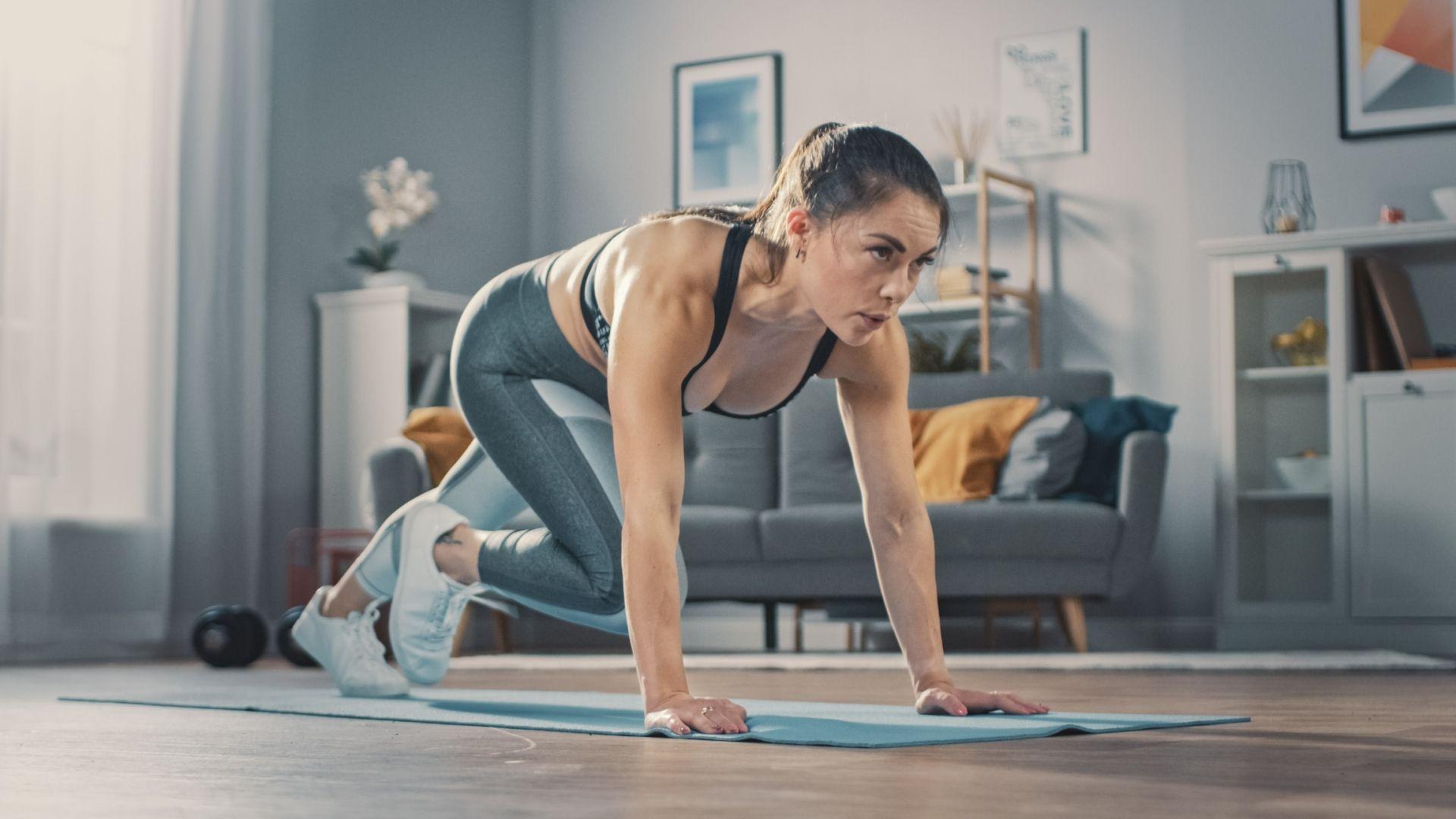 Ejercicios para mantenerse en forma desde casa