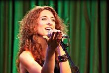 Brida, profesora de canto