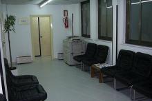 El Centre dispone de numersos espacios comunes y despachos para estudio y tutoría