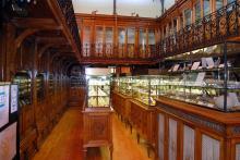 Colección de gemas del IGE, expuesta en el museo de la Escuela de Minas