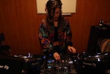 Cabina de DJ_escuela mF