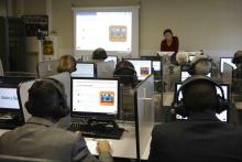 Dos modernos laboratorios ofrecen la posibilidad de un mejor aprendizaje de idiomas, algo fundamental en el sector
