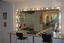 Aula de peluquería para plató en Stylestudio MAKE UP escuela de maquillaje profesional en madrid