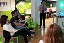 Participantes de uno de los talleres para mejorar la eficiencia.