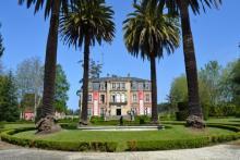 Campus de la Escuela de Negocios IFFE Business School en Oleiros, A Coruña, Galicia