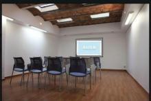 sala grande para conferencias y actividades de cultura japonesa